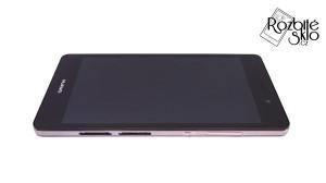Huawei-P8-lite-displej-s-dotykem-a-rámečkem