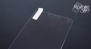 Lenovo-Vibe-P1-nelepení-ochranné-sklo