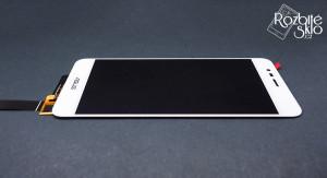 Aszs-zenfone-Max3-ZC520TL-LCD-displej-s-dotykem-bila