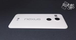 LG-Nexus-5X-kryt-beterie-bily