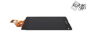 SONY-Z1-Compact-LCD-displej-s-dotykem