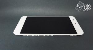 Xiaomi-Mi-A1-LCD-displej-s-dotykem-a-ramckem-bily