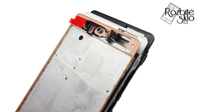 Huawei-P9-vymena-ramecku-telefonu