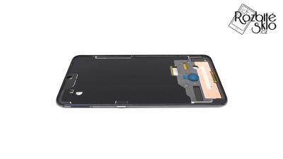 Xiaomi-Mi-9-ramecek-telefonu-cerny